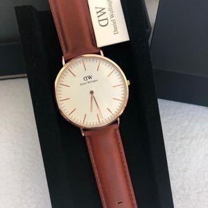 New & Authentic Daniel Wellington Watch DW00100006